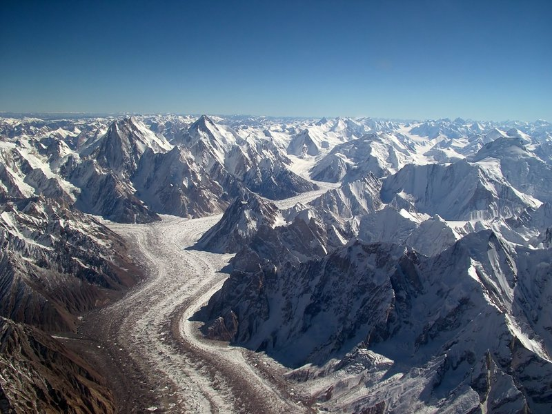 Baltoro_glacier_from_air_Karakoram.jpg