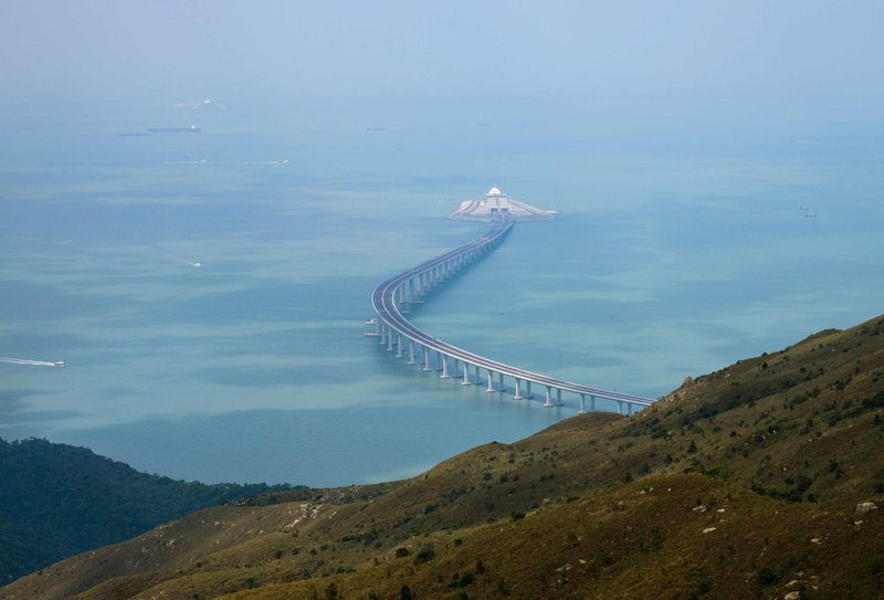 Hong-Kong-Zhuhai-bridge.jpg