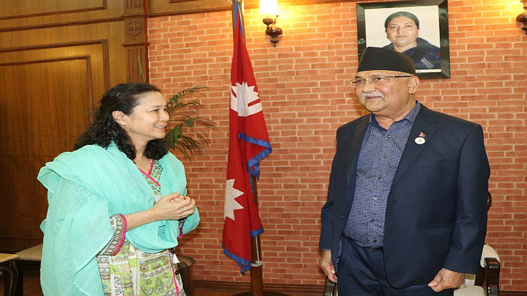 ILO Regional chief with PM.jpg