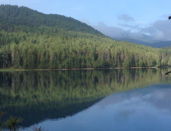 Lake Rara 2.jpg