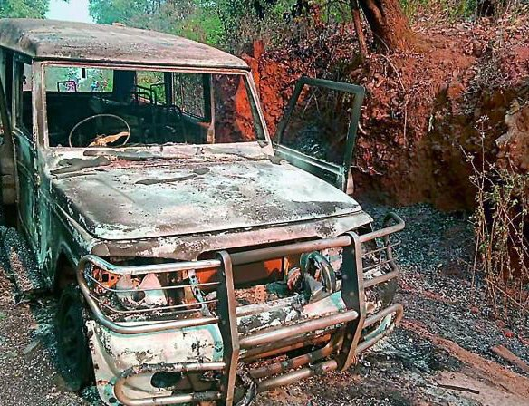 Unidentified Persons Set A Fire On A Jeep In Dang | New Spotlight