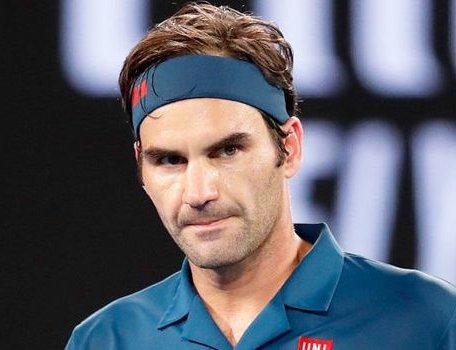 Australian Open 2019 Roger Federer Stunned By 20 Year Old Stefanos Tsitsipas New Spotlight Magazine