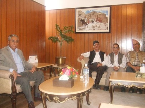 Upper Karnali PM Deuba and Mohan Baidya.jpg