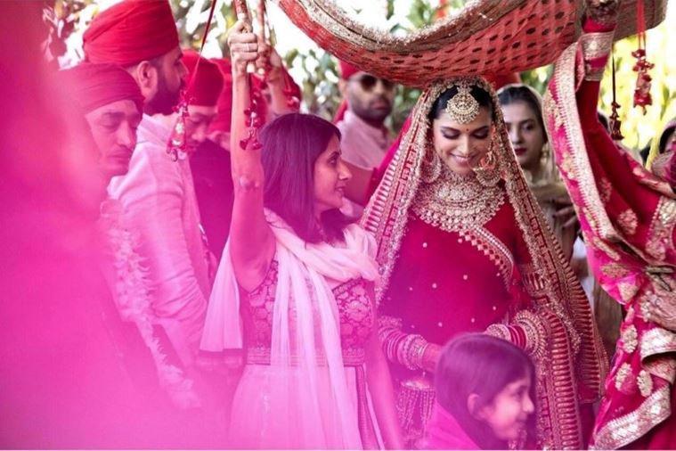 Deepika And Ranveer's North Indian Wedding Photos Will ...
