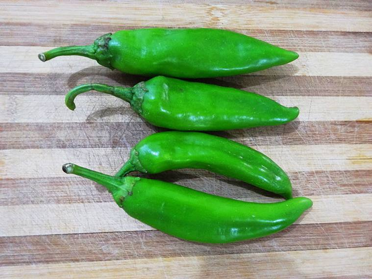 green-chillies2.jpg