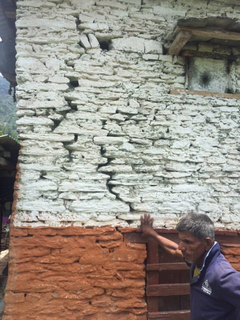 house crack from Middle Modi Hydroelectricity Project.jpg