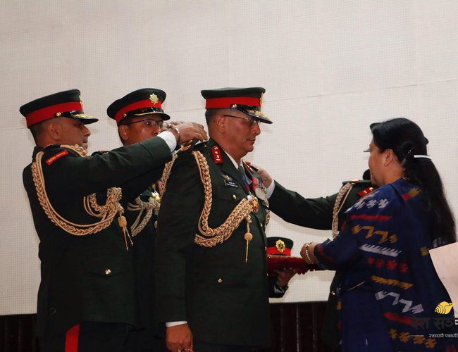 nepal-army_chief_president-12.jpg