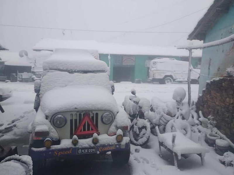 snow fall in Dadeldhura.jpg